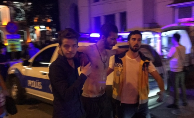 Bursa'da kıskançlık kavgasında kan döküldü