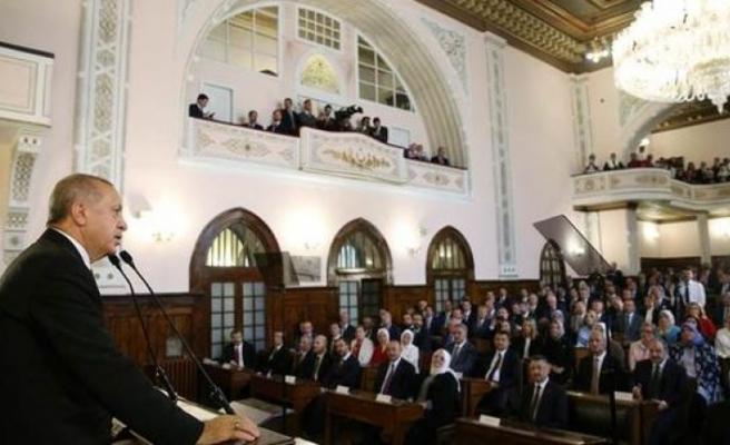 Yeni kabinenin ilk meclis toplantısı yapıldı