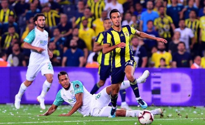 Bursaspor Fenerbahçe karşısında 2-1 kaybetti! VAR sistemi varlığından şüphe ettirdi