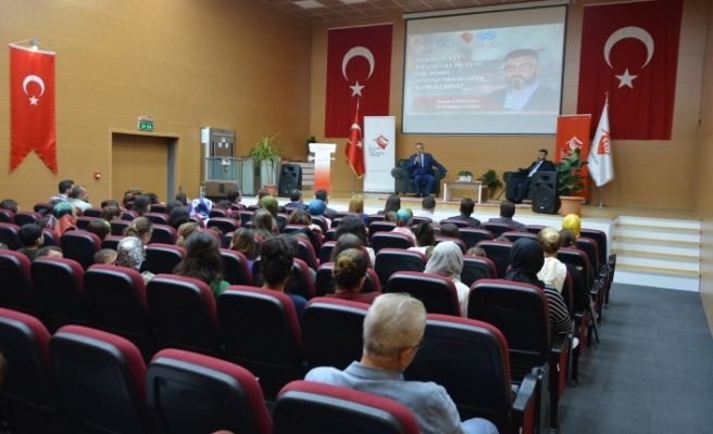 Bursa'da kız çocukları doyasıya eğlendi