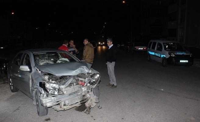 Bursa'da iki aracın çarpışmasıyla anaokulu servisi devrildi