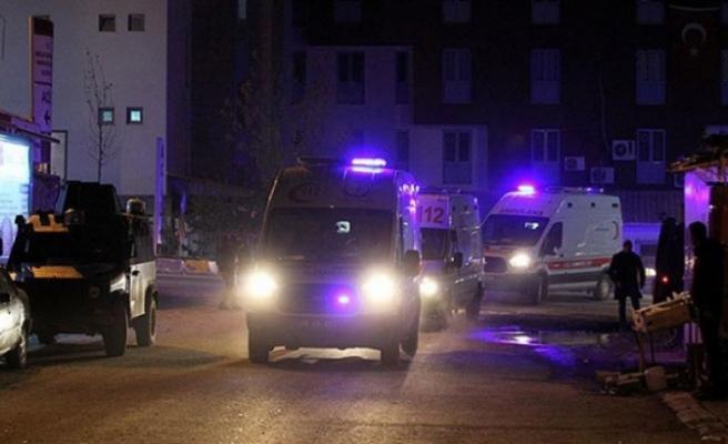 Hakkari'de mühimmat patlaması.. 25 asker yaralı 7 asker aranıyor
