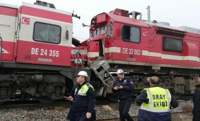 Bursa Sancak - Trenler çarpıştı, çok sayıda yaralı var!