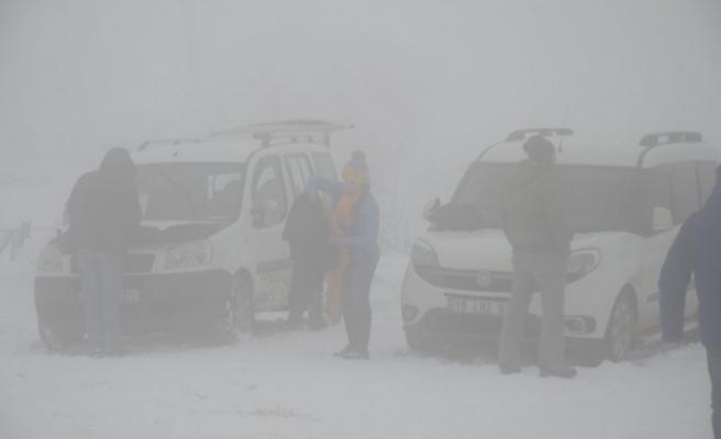 Uludağ'da kar kalınlığı 35 santimetreye ulaştı