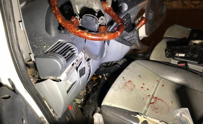 Bursa'da akılalmaz kaza! Kontrolden çıkan otomobil...