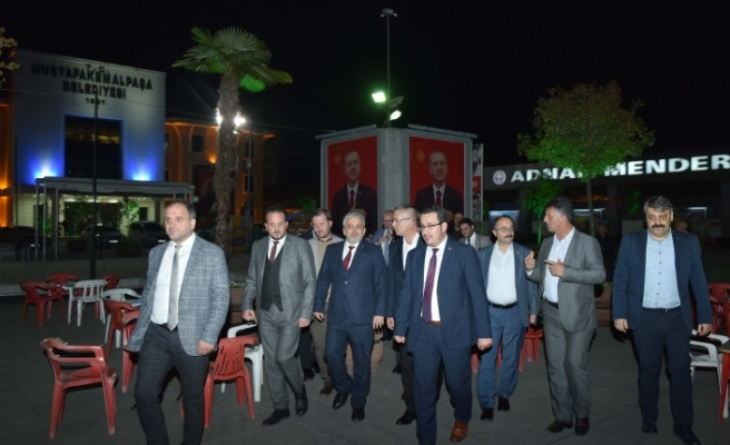 AK Parti'den Kanar'a ziyaret