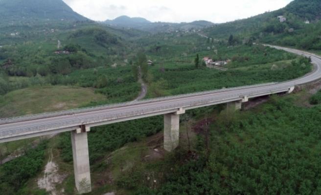 50 ili ilgilendiren projeler hız kesmeden devam ediyor
