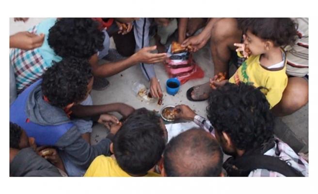 Açlığın yaşandığı Yemen'de iftar