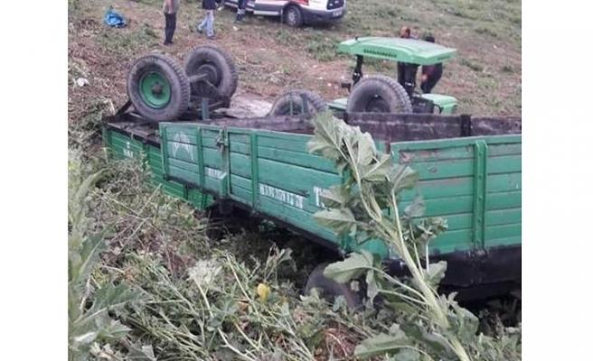 Bursa'da ikizleri trafik kazası ayırdı