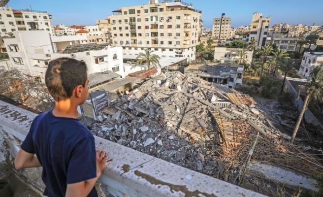 Gazze'deki katliamı az buldu!