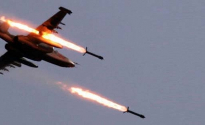 Irak'ın kuzeyine hava destekli operasyon