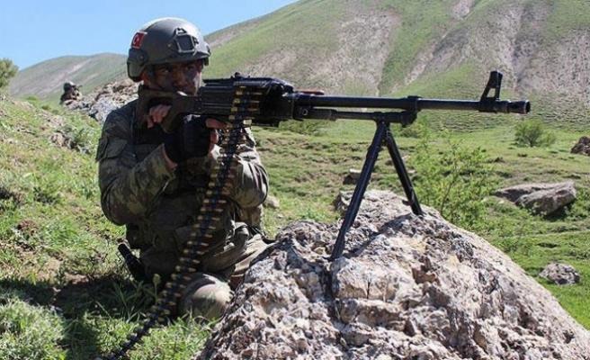 Tunceli'de çatışma: 3 askerimiz yaralı...