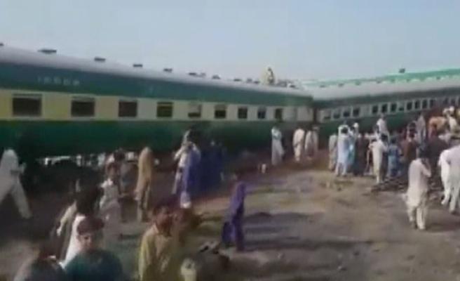 İki tren çarpıştı: Çok sayıda ölü ve yaralı