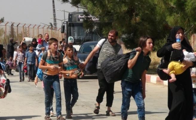 3 bin Suriyeli ülkesine döndü