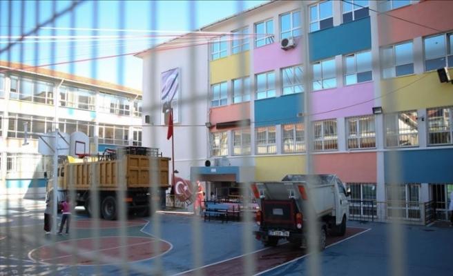 Depremin ardından okullarda tahliye!
