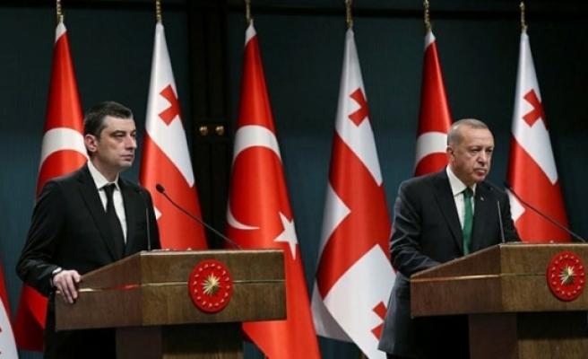 Erdoğan ile Gürcistan Başbakanı'ndan basın toplantısı