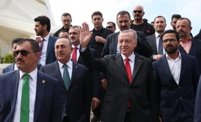 Fotoğraflar // Cumhurbaşkanı Erdoğan Cuma namazını Üsküdar'da kıldı
