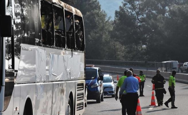 Yolcu otobüsü yandı