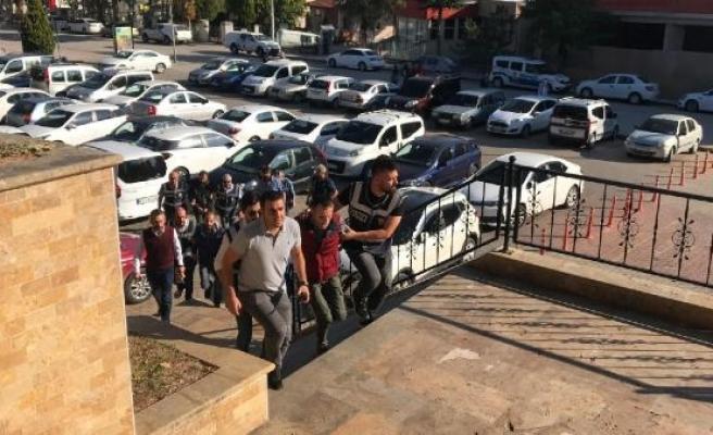 Yüz nakilli Recep Sert, silahlı saldırıdan gözaltına alındı