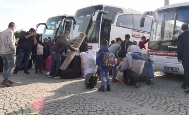 150 Suriyeli ülkesine dönüyor