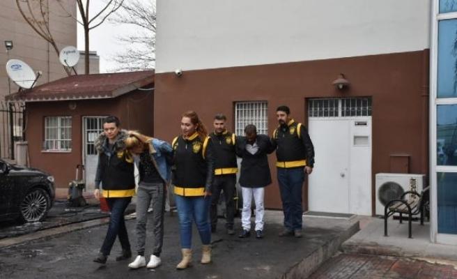 3 evden ziynet eşyası çalan 1'i kadın 2 kişi tutuklandı