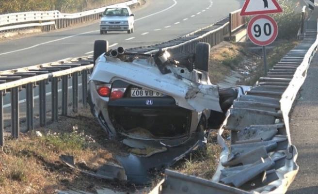 Araç takla attı ters döndü! Kazada...