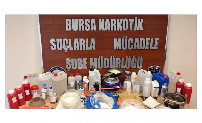 Bursa Narkotik Uyuşturucu Tacirlerini Enseledi