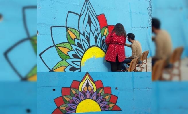 Gençler Şehri Renklendirdi
