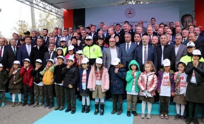İçişleri Bakanı Soylu: Biz sömüren bir devlet olmadık (2)