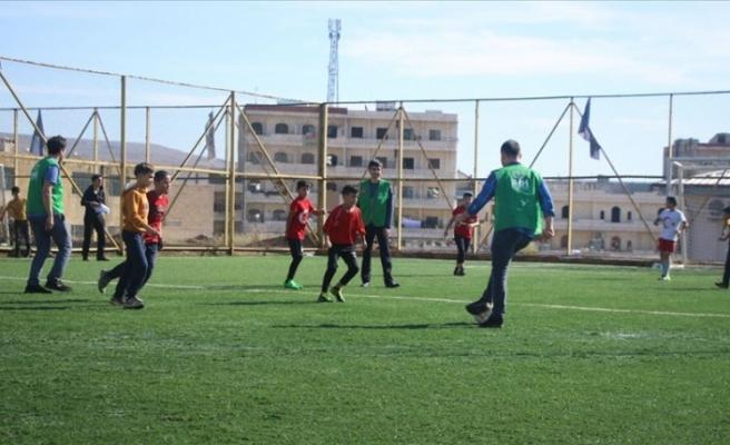 İHH Afrin'de yetimler için futbol etkinliği düzenledi