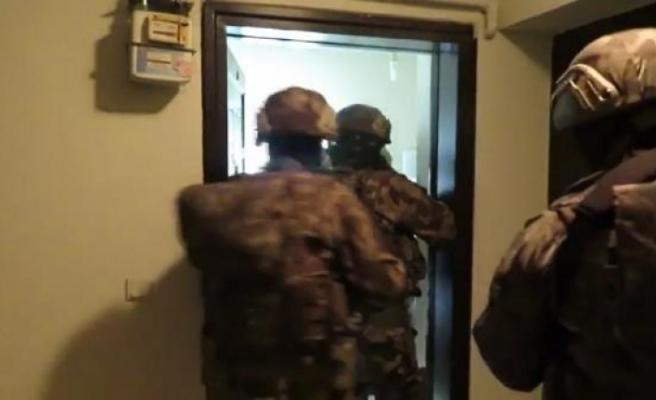 Bursa'da gaybubet evlerine operasyon!