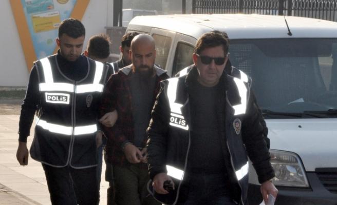 Bursa'daki maskeli hırsızlardan 2'si yakalandı