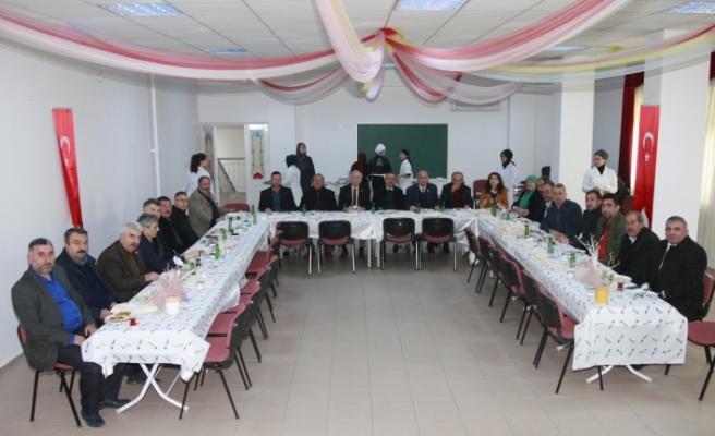 Bursa'da okuma yazma kursları devam ediyor