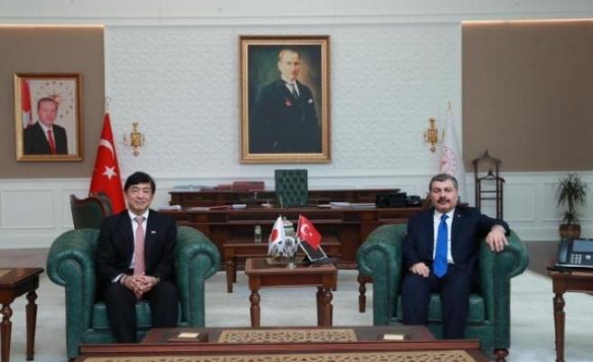 Bakan Koca, Japonya Büyükelçi ile koronavirüsü konuştu