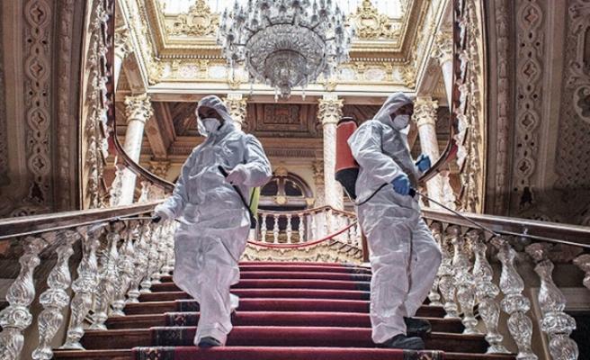 Dolmabahçe Sarayı koronavirüse karşı dezenfekte ediliyor!