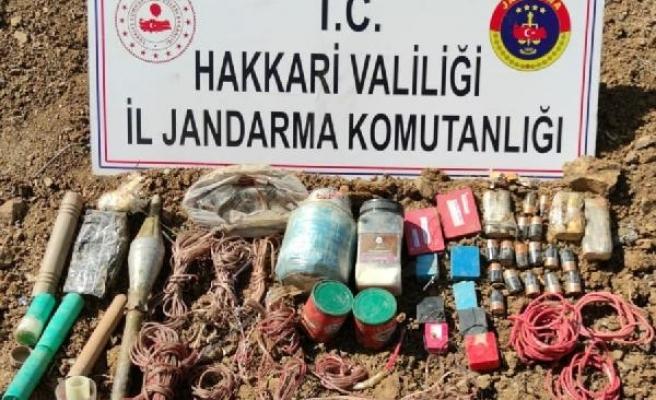 Hakkari'de PKK'ya ait el yapımı patlayıcı ele geçirildi