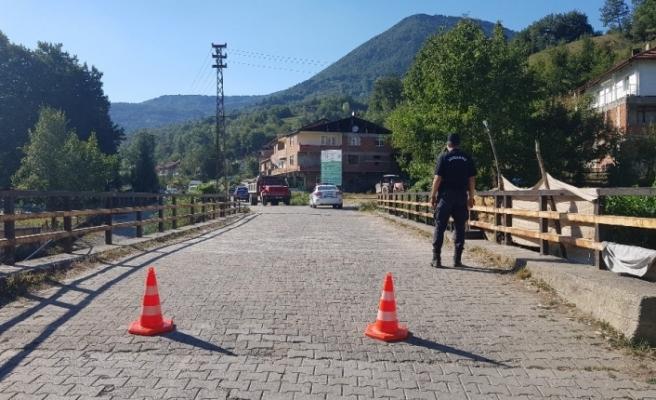 Pozitif vakaların görüldüğü köy karantinaya alındı