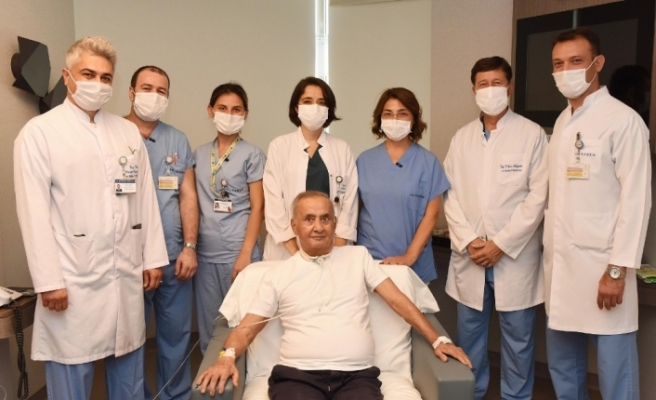 73 yaşındaki korona virüs hastası, 5,5 ay sonra taburcu oldu