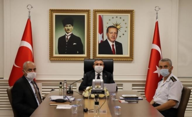 Vali Atay Bakan Soylu başkanlığındaki toplantıya katıldı