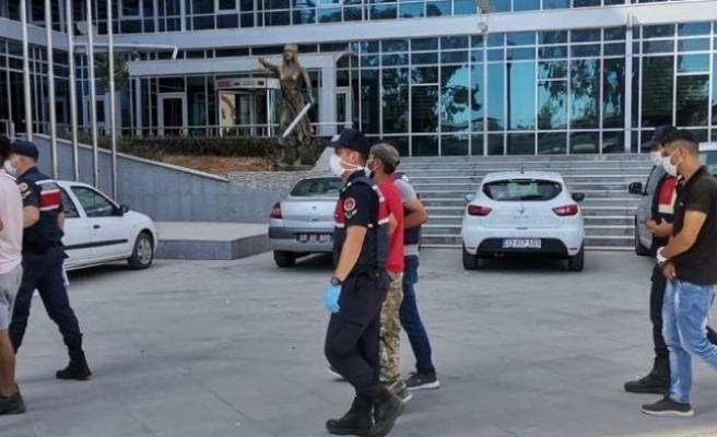 Baz istasyonundan hırsızlık yapanlar suçüstü yakalandı