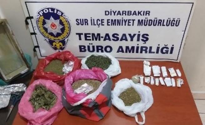 Diyarbakır'da uyuşturucu operasyonu: 2 gözaltı