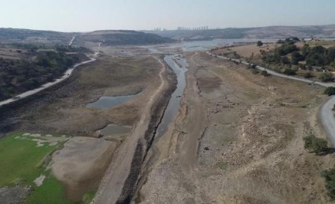 İstanbul için kuraklık uyarısı... Adil Tek:  Acil eyleme geçilmeli, 70-80 günlük su kaldı