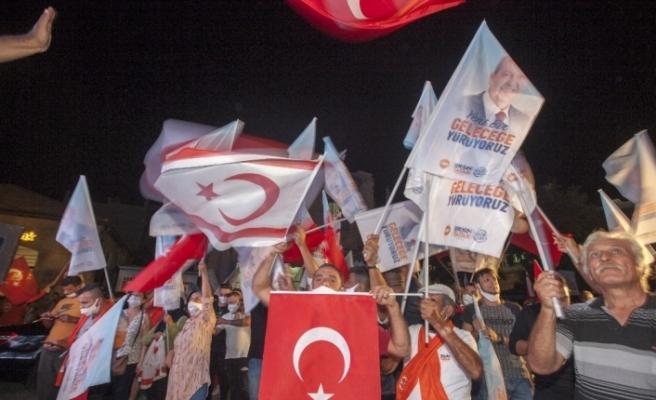 KKTC'nin yeni Cumhurbaşkanı Ersin Tatar'dan zafer konuşması
