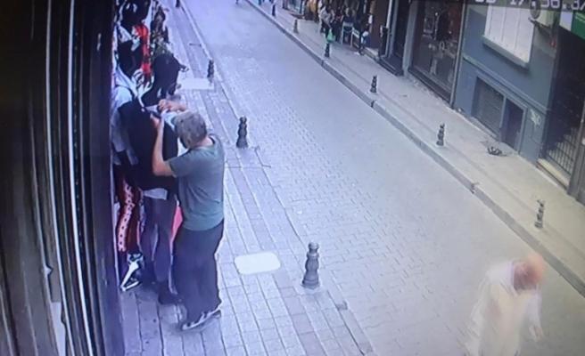"""(ÖZEL) Kadıköy'de güpegündüz """"yok artık"""" dedirten hırsızlık"""
