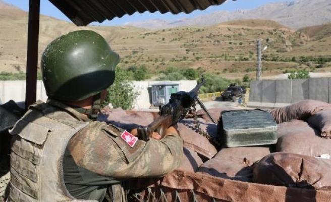 Yunanistan sınırında yakalanan 'Turuncu' listedeki terörist, Erzincan'da tutuklandı (2)- Yeniden