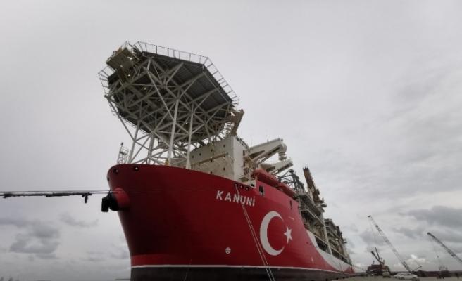 Kanuni Sondaj Gemisi Filyos Limanına demirledi