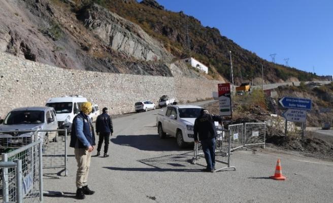 Korana virüs vakalarının yüzde 100'e yakın artığı Artvin'de iki köy karantinaya alındı