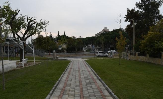 Kuşadası yeni parkları ile güzelleşiyor