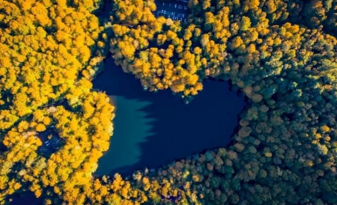 (Özel) Kalp şeklindeki göl böyle görüntülendi
