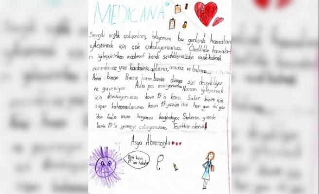 7 yaşındaki çocuktan sağlık çalışanlarına duygulandıran mektup